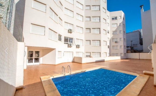 1 bed 1 bath apartment in Torrevieja with 10% yield anticipated per annum or fixed at 5.5% Guaranteed