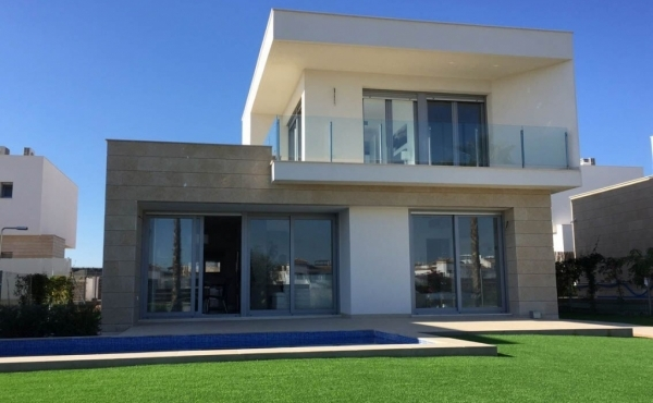 Luxury new build villa in Vistabella golf, Alicante