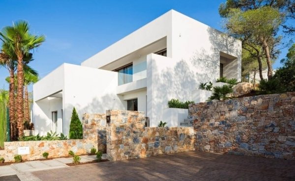 Luxurious new build golf villas for sale in Las Colinas, Alicante, Costa Blanca, Prices Start From €460.000