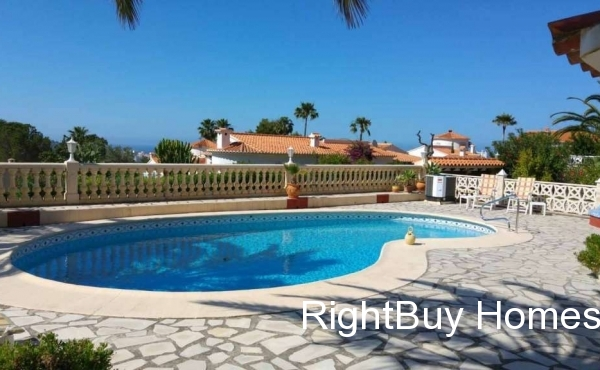 Beautiful detached villa with sea views for sale in Denia, Alicante